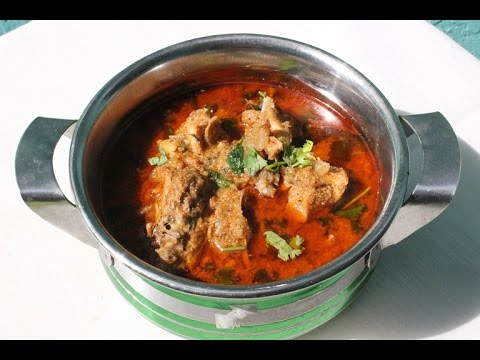 Nattu Kozhi Kuzhambu Recipe - Delicious Chicken Curry